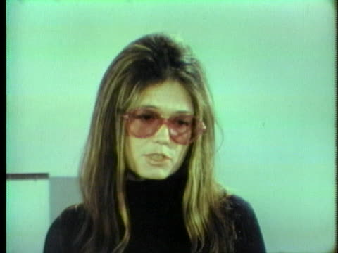 gloria steinem of the women's political caucus says that senator george mcgovern is the best male candidate but rep. shirley chisholm is a better... - 1972年点の映像素材/bロール