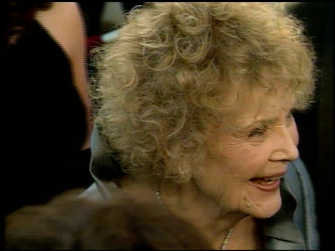Gloria Stuart at the 1998 Academy Awards Arrivals at the Shrine Auditorium in Los Angeles California on March 23 1998