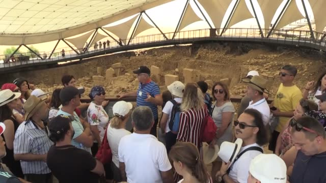 "vidéos et rushes de gobeklitepe, world's oldest known temple in southeastern turkey, has allured more tourists worldwide since its recognition by unesco last year. ""when... - unesco"