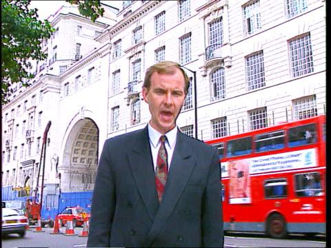 millbank thames house maclean i/c sot - イギリス情報局保安部点の映像素材/bロール
