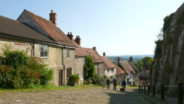 gold hill at shaftesbury dorset uk - scenics stock videos & royalty-free footage