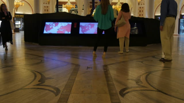 gold souk in dubai mall, dubai, united arab emirates, middle east, asia - skeleton sled stock videos and b-roll footage