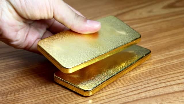 - gold - erz stock-videos und b-roll-filmmaterial