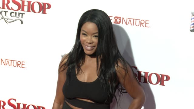 stockvideo's en b-roll-footage met golden brooks at barbershop the next cut los angeles premiere at tcl chinese theatre on april 06 2016 in hollywood california - tcl chinese theatre