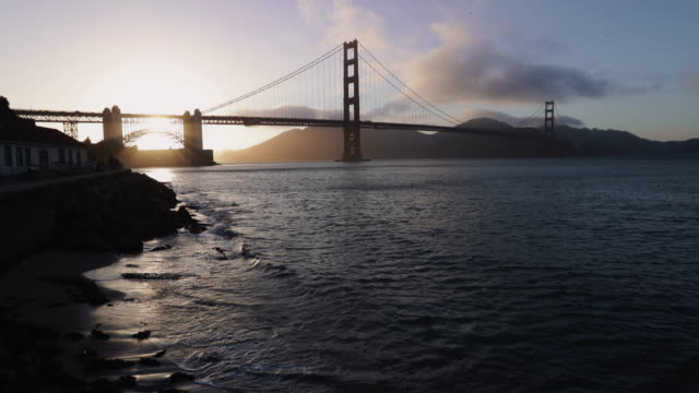 golden gate bridge of san francisco at sunset - golden gate bridge stock videos & royalty-free footage