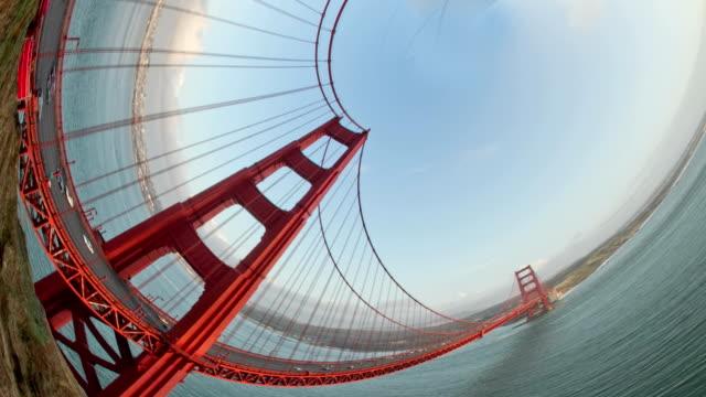 golden gate bridge – super fischaugen-objektiv - fischaugen objektiv stock-videos und b-roll-filmmaterial