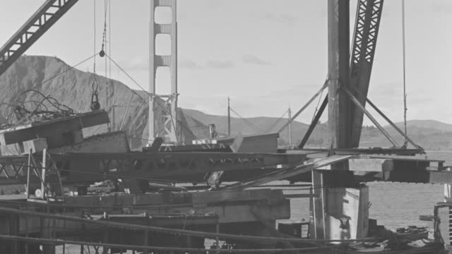 MS Golden gate bridge under construction