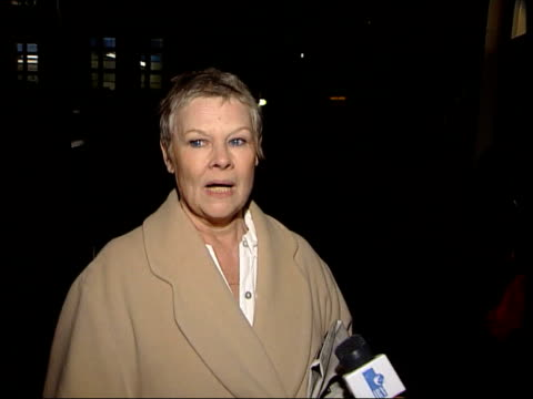 itn london aldwych theatre night dame judi dench intvwd feels very unreal i'd forgotten about the golden globes - aldwych theatre stock videos & royalty-free footage