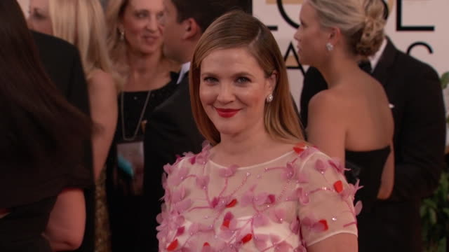 golden globes red carpet fashion drew barrymore at the 2014 golden globe awards red carpet - produced segment stock videos & royalty-free footage