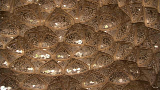 CU ZI Golden honeycomb shaped ceiling at Chehel Sotoun pavilion, Isfahan, Iran