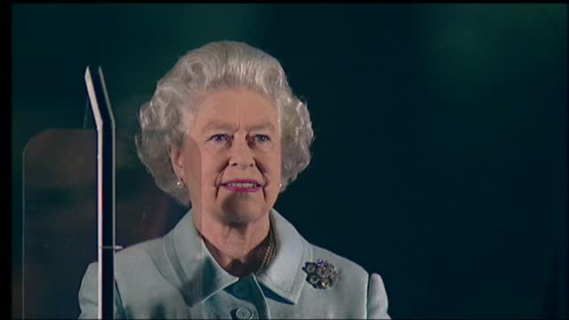 'live from the palace fireworks': international clean feed 21.59 - 23.33: 16:9; england: london: buckingham palace: ext / night *various music heard... - waterfall stock videos & royalty-free footage