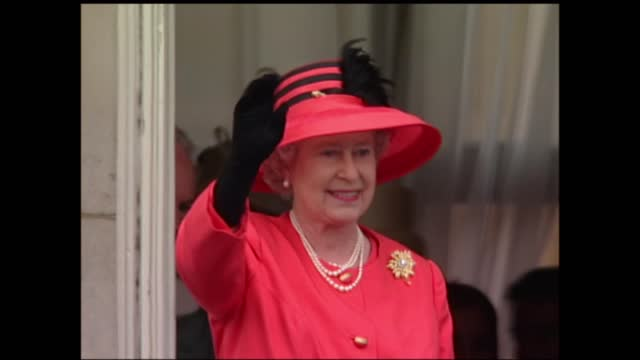 millions fill mall to pay tribute to queen at colourful pageant commemorating her reign; england: london: buckingham palace: ext general views of... - waving stock videos & royalty-free footage