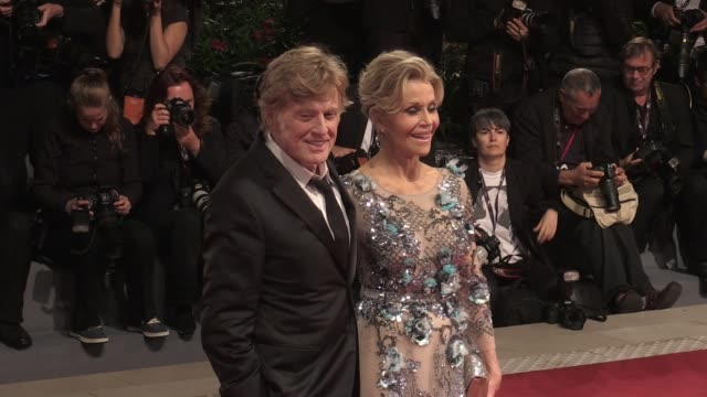 golden lion for lifetime achievement robert redford and golden lion for lifetime achievement jane fonda on the red carpet for the premiere of our... - 生涯功労賞点の映像素材/bロール