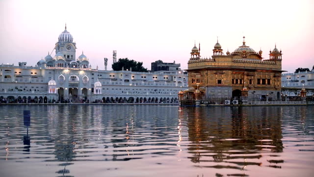 stockvideo's en b-roll-footage met gouden tempel in punjab, india - bedevaart