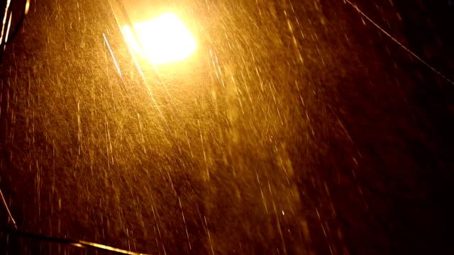 Goldenen sintflutartigen Regen