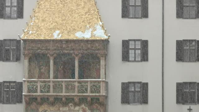 goldenes dachl, innsbruck, austria - winter - golden roof stock videos and b-roll footage