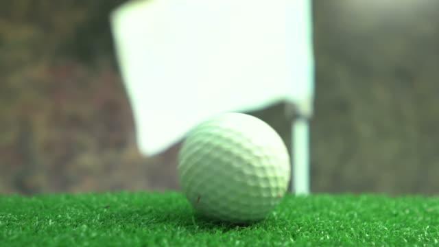 Pelota de golf a poner verde