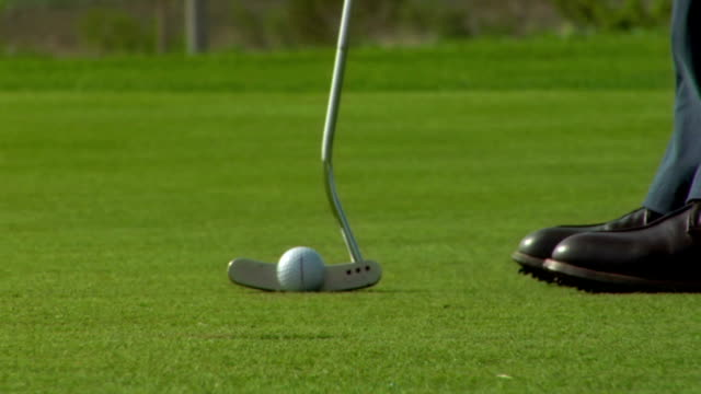 golf: putt - putting stock videos & royalty-free footage