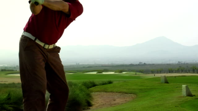 golf: tee off - golf shot stock videos & royalty-free footage