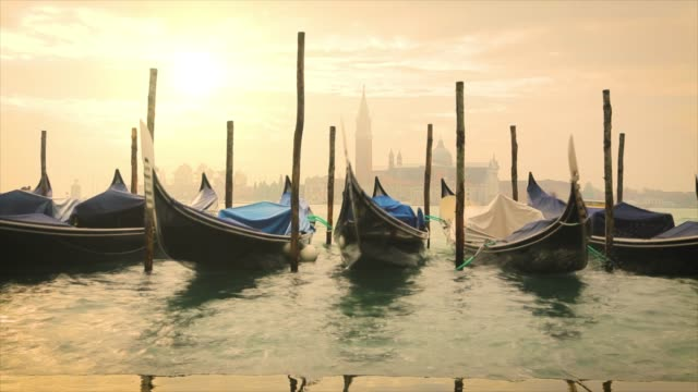 4k: gondoals in venice - venice italy stock videos & royalty-free footage