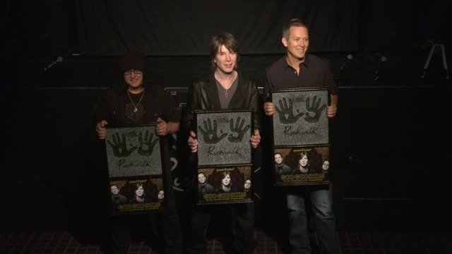 CLEAN Goo Goo Dolls Inducted Into Guitar Center's Historic RockWalk EVENT CAPSULE CLEAN Goo Goo Dolls Inducted Into at Guitar Center on May 07 2013...