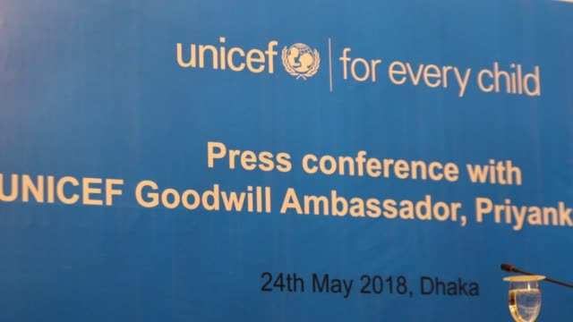goodwill ambassador indian actress priyanka chopra speaks during a press conference in the bangladeshi capital dhaka on may 24 2018 chopra has been... - botschafter stock-videos und b-roll-filmmaterial