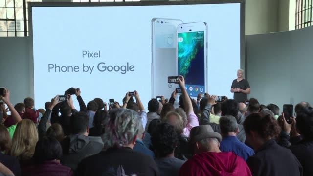 google planto batalla a apple samsung y amazon a traves de una incursion en hardware con el lanzamiento de su smartphone de gama alta pixel - google brand name stock videos and b-roll footage