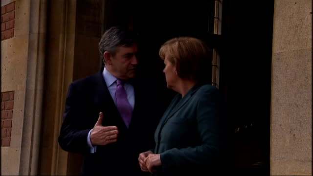 stockvideo's en b-roll-footage met gordon brown and angela merkel at chequers; england: buckinghamshire: chequers: ext car arriving to gordon brown mp walking out of front door as he... - gordon brown