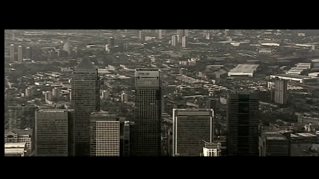 **gordon brown and barack obama statements on banking crisis overlaid over following sot** montage sequence: graphicised sequence city of london... - crisis stock videos & royalty-free footage
