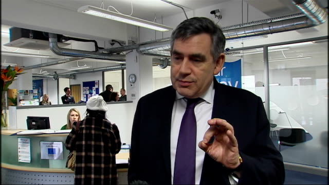 gordon brown and james purnell visit job centre; gordon brown mp interview sot - want to give opportunities for people to get jobs - want to give... - vacancyサイン点の映像素材/bロール