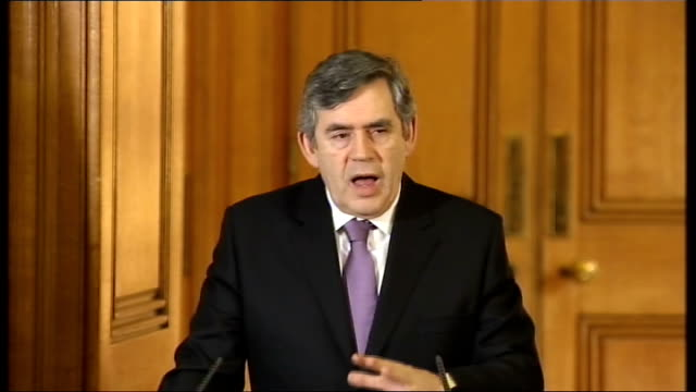 gordon brown and president of the european commission jose manuel barroso press conference gordon brown mp press conference sot what we have done in... - hypotheken kündigung stock-videos und b-roll-filmmaterial