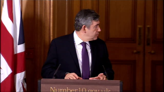 Gordon Brown and Yousaf Raza Gilani press conference ENGLAND London Downing Street INT **Flash photography throughout** Gordon Brown and Yousaf Raza...