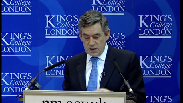 gordon brown announces plans for health screenings; king's college: gordon brown mp speech sot - there will soon be check-ups on offer to monitor for... - human kidney点の映像素材/bロール