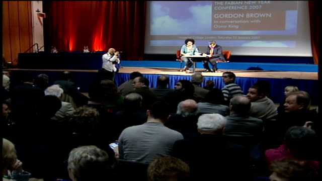 stockvideo's en b-roll-footage met gordon brown comments on england/scotland union; england: london: imperial college: int gordon brown mp seated on stage at debate chaired by oona... - voorzitter