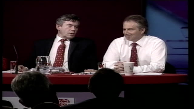 gordon brown favourite to win labour leadership election; bloomberg tv: int gordon brown mp as next to prime minister tony blair, as been asked... - form ändern stock-videos und b-roll-filmmaterial