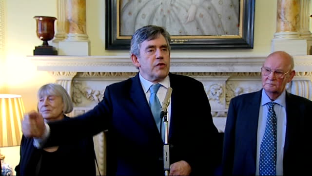 gordon brown hosts antiapartheid reception brown speech sot thanks abdul minty / cannot possibly thank everyone present here / would not have the... - 不公平点の映像素材/bロール