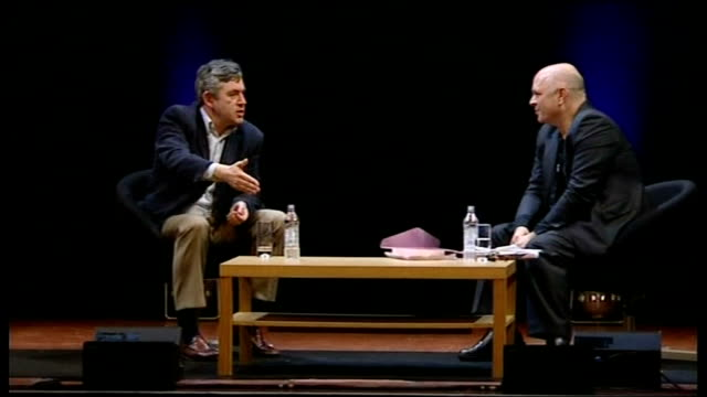 vidéos et rushes de gordon brown interviewed by film director anthony minghella; brown interview sot - absolutely, anybody who is in politics and believes in certain... - anthony minghella