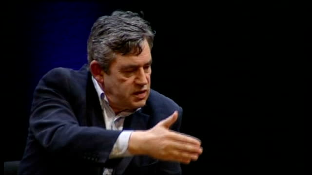 vidéos et rushes de gordon brown interviewed by film director anthony minghella; - on how the great causes of the 20th century were the defeat of fascism and apartheid,... - anthony minghella