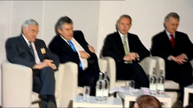 gordon brown john hutton and hilary benn attend low carbon economy summit england london tate modern ext gordon brown out from car and into tate... - hilary benn stock-videos und b-roll-filmmaterial