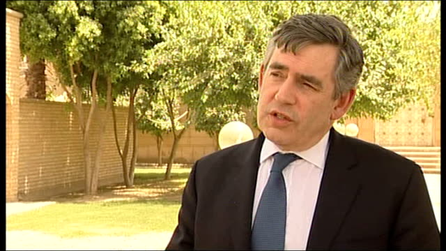 vídeos de stock e filmes b-roll de gordon brown makes visit to baghdad gordon brown mp interview sot had excellent talks with prime minister maliki talks have been about economic... - good condition