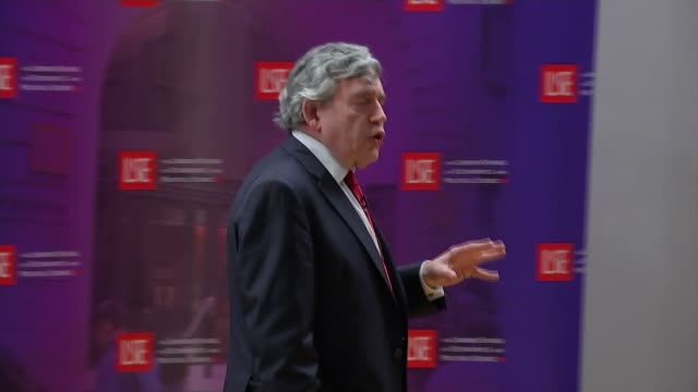 gordon brown making his case for the uk remaining in the eu at the london school of economics - continuity stock videos & royalty-free footage