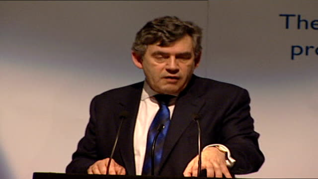 gordon brown 'meeting the terrorist challenge' speech; -identity and border controls / the purpose of our forensic accounting is to enhance our... - ボーダーズ・ブックス点の映像素材/bロール
