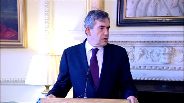 gordon brown meets prime minister raila odinga; brown press conference sot - on arrest of radovan karadzic / support the international criminal court... - ラドヴァン カラジッチ点の映像素材/bロール