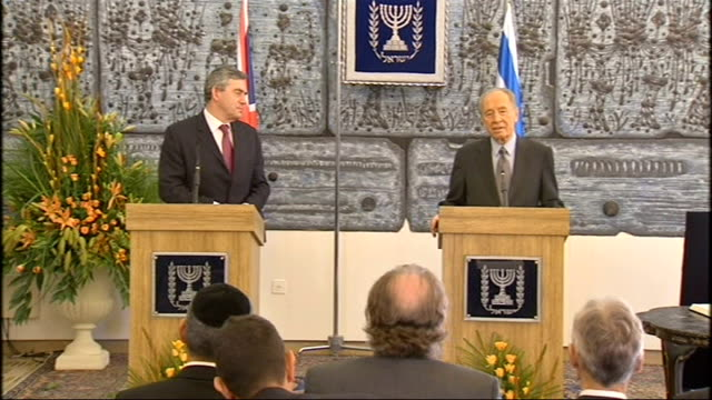 gordon brown middle east visit: press conference with president peres; shimon peres press conference sot - on gordon brown as leader, respected, two... - diplomacy stock videos & royalty-free footage
