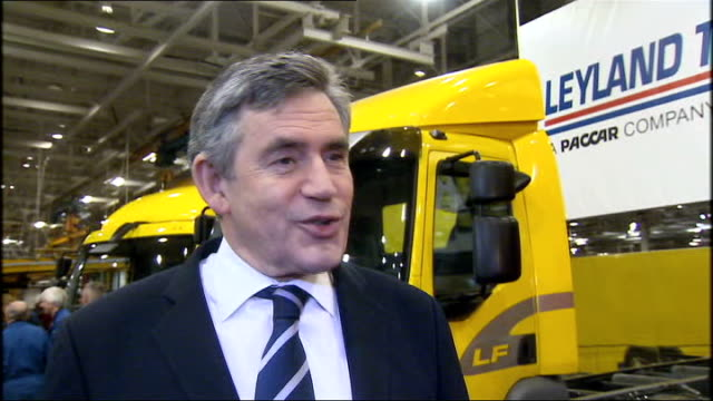 vidéos et rushes de gordon brown mp interview sot - we're doing everything in our power to curb this bonus culture / we've signed an agreement internationally with every... - prime minister