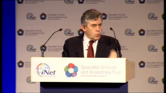 vídeos y material grabado en eventos de stock de gordon brown speech on social mobility; gordon brown mp speech sot - today in britain it's a fact that we have 6 million unskilled workers, by 2020 a... - number 9