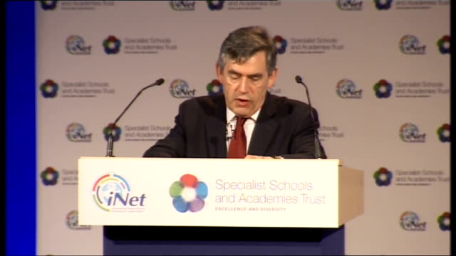 vídeos de stock, filmes e b-roll de gordon brown speech on social mobility gordon brown speech sot so much of this starts in the home we need to break the cycle in which generation... - primary age child