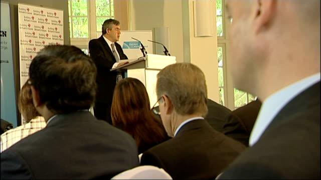 gordon brown speech outlining britain's climate change strategy gordon brown speaking at podium sot / ed miliband mp and hilary benn sitting / side... - hilary benn stock-videos und b-roll-filmmaterial