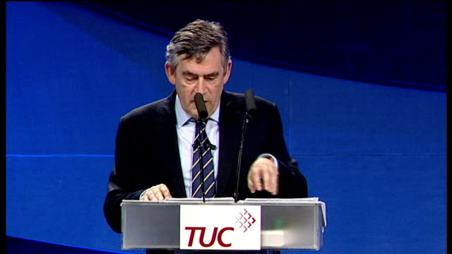 vídeos de stock e filmes b-roll de gordon brown speech to tuc conference this is not the moment to cut apprenticeships this is the time for government to support them so i can tell you... - conferência do tuc