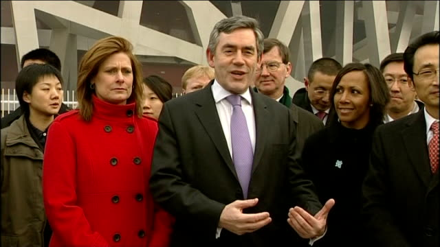 trips to olympic stadium and gas-fired power station; gordon brown mp speaking to press sot - this is going to be one of the greatest olympic games... - 2008年北京夏季オリンピック点の映像素材/bロール